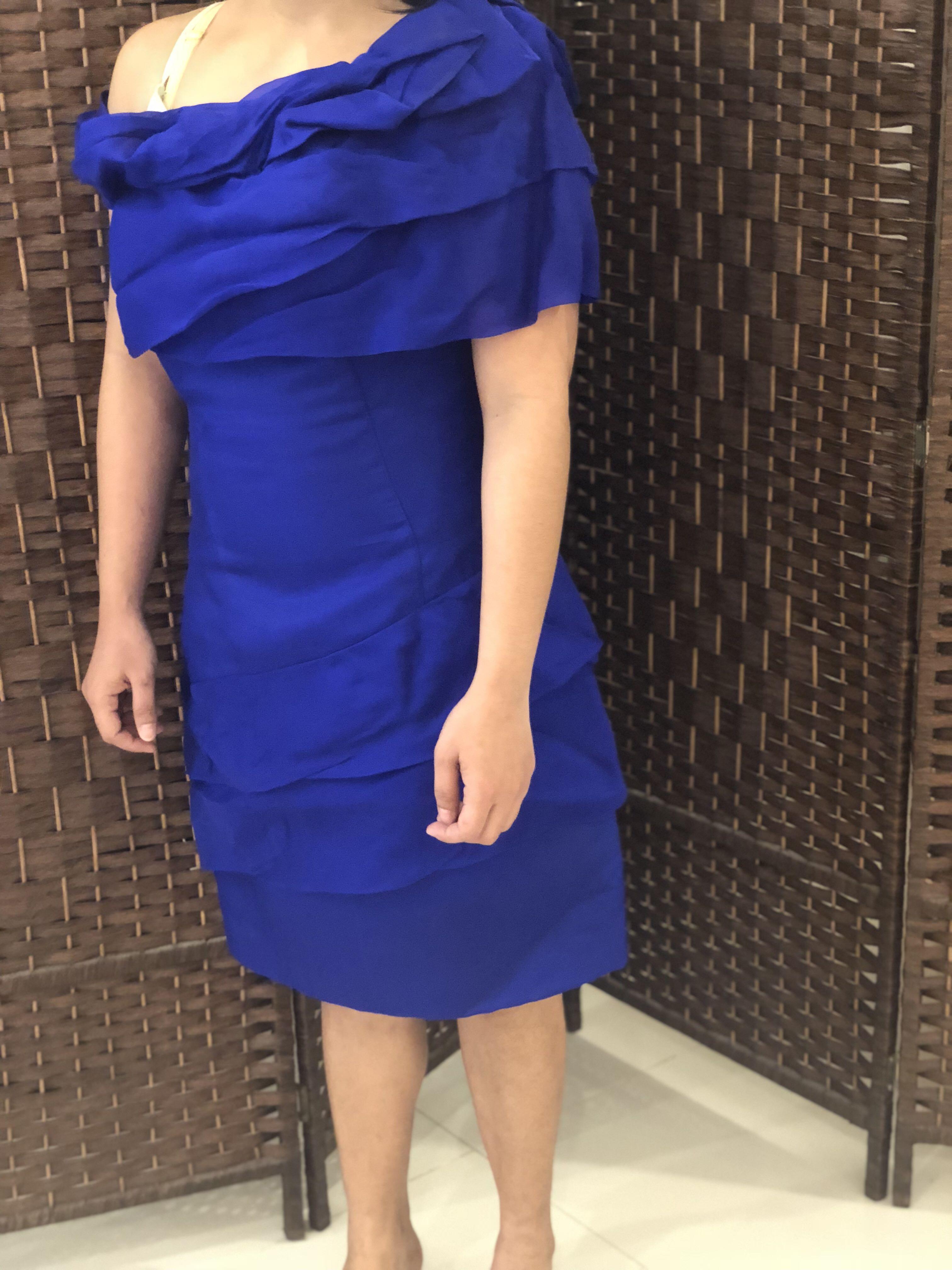 فستان جميل