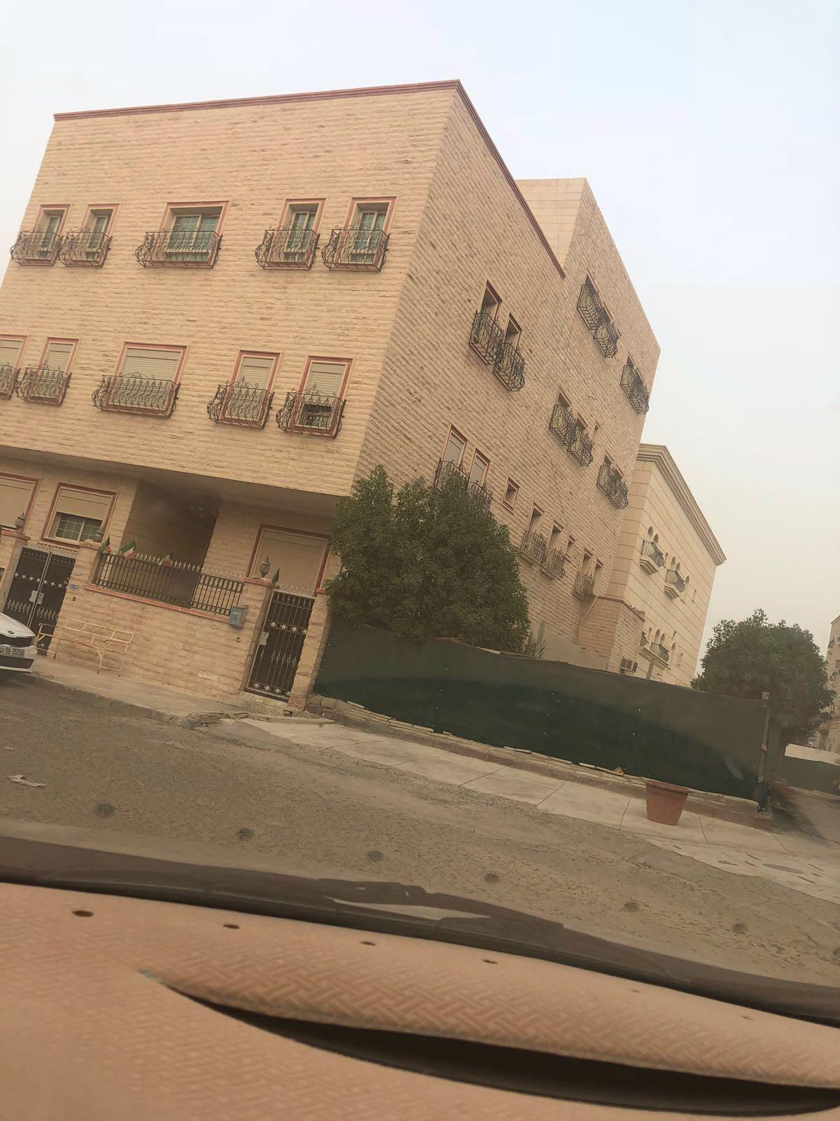 للبيع بيت حكومه جابر الاحمد زاويه